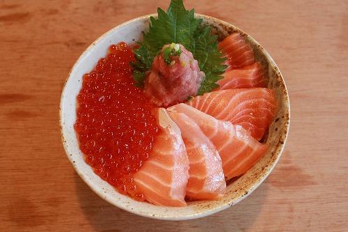 海鮮親子丼 ¥1,800
